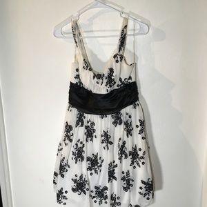 Black and White flowers Dress Trixxi formal